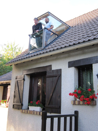 fenetre de toit balcon verri re balcon velux fen tres de. Black Bedroom Furniture Sets. Home Design Ideas